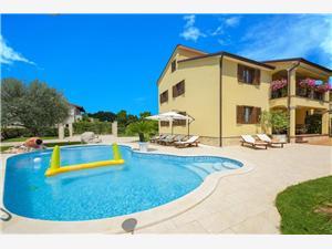 Accommodation with pool Sara Motovun,Book Accommodation with pool Sara From 169 €