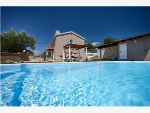 Alloggi con piscina Frana Krk - isola di Krk,Prenoti Alloggi con piscina Frana Da 194 €