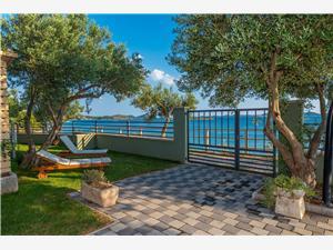 Mobilný dom Pecten 02 Zadar riviéra, Rozloha 30,00 m2, Vzdušná vzdialenosť od mora 15 m, Vzdušná vzdialenosť od centra miesta 700 m