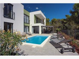 Hébergement avec piscine Flavia Liznjan,Réservez Hébergement avec piscine Flavia De 170 €