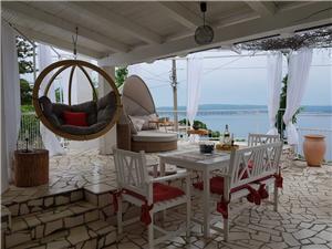 Dovolenkové domy Lana Jadranovo (Crikvenica),Rezervujte Dovolenkové domy Lana Od 107 €