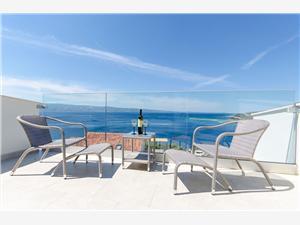 Ferienwohnung Sreta Omis, Größe 36,00 m2, Entfernung vom Ortszentrum (Luftlinie) 600 m