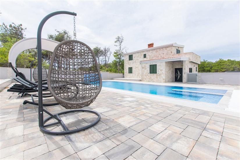 Huis Luxury Stone Villa Vir