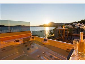 Appartement SUNSET Trogir, Kwadratuur 75,00 m2, Lucht afstand tot de zee 10 m