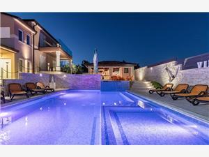 Vakantie huizen Alexa Brijuni,Reserveren Vakantie huizen Alexa Vanaf 601 €