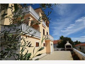 Appartementen Baran Klimno - eiland Krk,Reserveren Appartementen Baran Vanaf 57 €