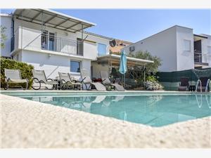 Vakantie huizen Sibenik Riviera,Reserveren Osti Vanaf 171 €
