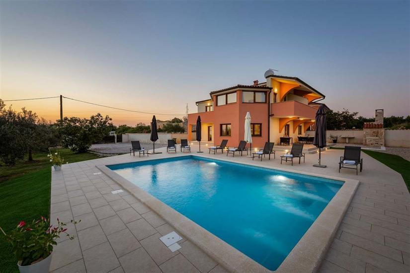 Villa Sara & Toni