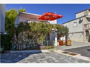 Appartementen Cvitic Rogoznica,Reserveren Appartementen Cvitic Vanaf 58 €