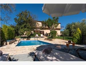Villa Vital Vizinada (Porec), Kwadratuur 250,00 m2, Accommodatie met zwembad