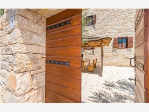 Stenen huize Zadar Riviera,Reserveren Calandra Vanaf 209 €