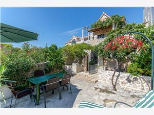 Haus Vedrana Kroatien, Steinhaus, Größe 50,00 m2, Luftlinie bis zum Meer 200 m