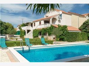 Appartements Vesna Vodice, Superficie 45,00 m2, Hébergement avec piscine