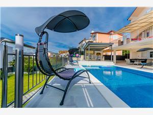 Kwatery z basenem Split i Riwiera Trogir,Rezerwuj Urban Od 3619 zl