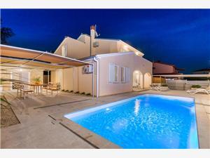Namestitev z bazenom Modra Istra,Rezerviraj Ostone Od 286 €