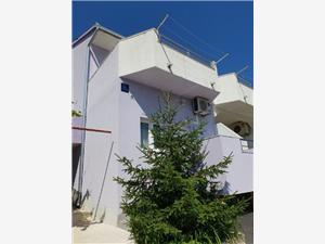 Appartementen SEA STAR IVANA Marina, Kwadratuur 38,00 m2, Lucht afstand naar het centrum 300 m
