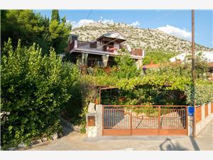 Apartamenty garden Starigrad Paklenica,Rezerwuj Apartamenty garden Od 206 zl