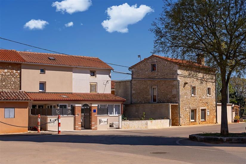 Haus Villa Relax Kastelir