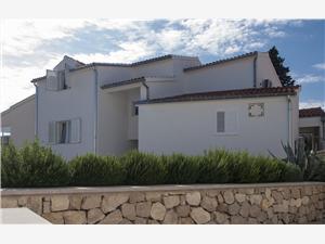 Ferienwohnungen Tresan Tribunj, Größe 50,00 m2, Luftlinie bis zum Meer 50 m, Entfernung vom Ortszentrum (Luftlinie) 50 m