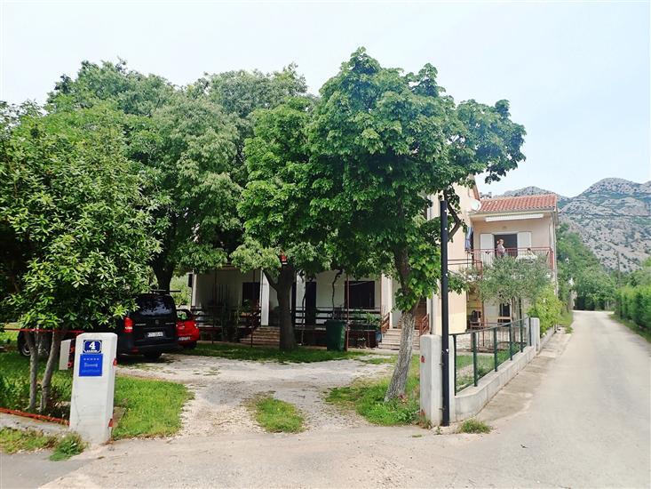Lägenheter KIWI-near Paklenica NP