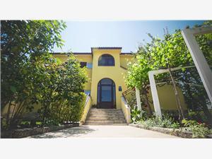 Apartments Vlado Funtana (Porec),Book Apartments Vlado From 120 €