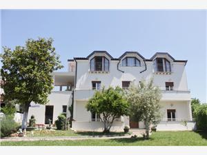 Objekt VILLA LION ZAMBRATIJA Plava Istra, Kvadratura 20,00 m2, Zračna udaljenost od mora 70 m, Zračna udaljenost od centra mjesta 200 m