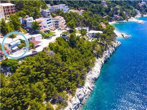 Appartementen Mario Ribičić Brela, Kwadratuur 100,00 m2, Lucht afstand tot de zee 150 m