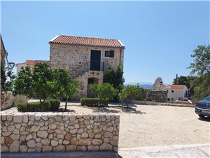 Apartmaj Zvonimir Igrane, Kamniti hiši, Kvadratura 36,00 m2, Oddaljenost od morja 200 m