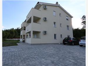 Appartement SAMSA MIRICA Čižići -  île de Krk, Superficie 60,00 m2, Distance (vol d'oiseau) jusqu'au centre ville 350 m