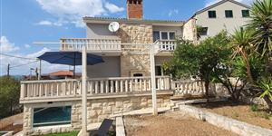 Maison - Okrug Gornji (Ciovo)