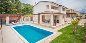 Dům - Kastelir