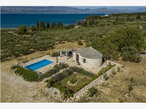 Casa Magical Island Mirca - isola di Brac, Casa di pietra, Dimensioni 30,00 m2, Alloggi con piscina