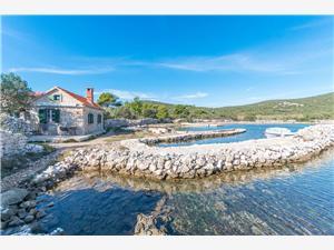 Hiša na samem Silvana Nevidane - otok Pasman,Rezerviraj Hiša na samem Silvana Od 102 €