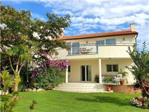 Apartments Mira Tribunj,Book Apartments Mira From 94 €