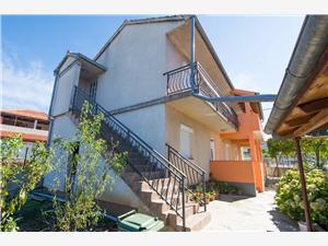 Apartments Tang Biograd,Book Apartments Tang From 88 €