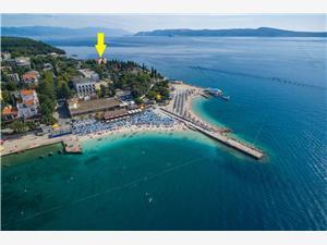 Appartements VILLA VANDA Selce (Crikvenica), Superficie 52,00 m2, Distance (vol d'oiseau) jusque la mer 30 m, Distance (vol d'oiseau) jusqu'au centre ville 350 m