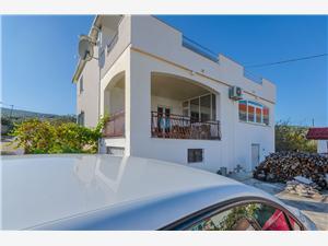 Appartements Ruža Kastel Stari,Réservez Appartements Ruža De 85 €