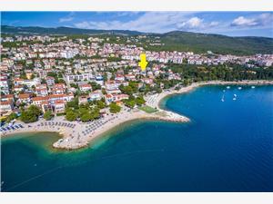 Boende vid strandkanten Rijeka och Crikvenicas Riviera,Boka Luna Från 617 SEK