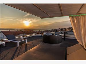 Vila LUXURY MAGICA Crikvenica, Prostor 174,00 m2, Soukromé ubytování s bazénem