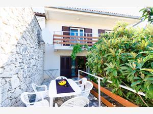 Vakantie huizen De Crikvenica Riviera en Rijeka,Reserveren Andrijana Vanaf 129 €