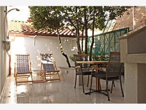 Apartamenty Perla Bol - wyspa Brac,Rezerwuj Apartamenty Perla Od 211 zl