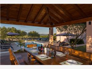 Villa Caper Biograd, Größe 320,00 m2, Privatunterkunft mit Pool