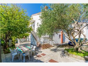 Apartman Ivica A Kvarner-öböl szigetei, Méret 60,00 m2, Légvonalbeli távolság 150 m