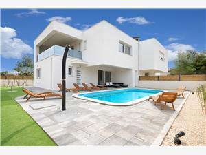 Willa LORETA Srima (Vodice), Powierzchnia 150,00 m2, Kwatery z basenem