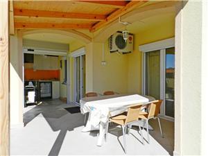 Apartament Darko Tribunj, Powierzchnia 38,00 m2, Odległość od centrum miasta, przez powietrze jest mierzona 350 m