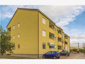 Appartement NIKA Kastel Luksic, Kwadratuur 65,00 m2, Lucht afstand naar het centrum 250 m