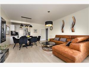 Apartmán Golden Oasis Vodice, Prostor 74,00 m2, Vzdušní vzdálenost od centra místa 700 m