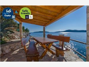 Location en bord de mer Ivan Vela Luka - île de Korcula,Réservez Location en bord de mer Ivan De 135 €