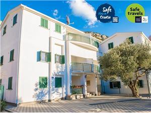 Apartmani Denis Klek, Kvadratura 56,00 m2, Zračna udaljenost od mora 100 m, Zračna udaljenost od centra mjesta 50 m