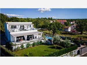 Vakantie huizen Leones Malinska - eiland Krk,Reserveren Vakantie huizen Leones Vanaf 328 €